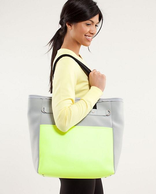 urban oasis tote | women's bags | lululemon athletica