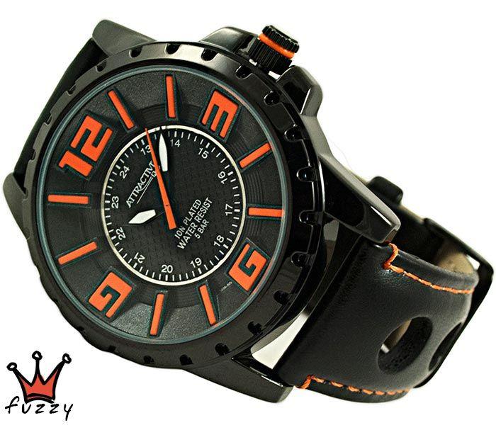 Ανδρικό ρολόι Q&Q, σε μαύρο και πορτοκαλί. Λουράκι σε μαύρο χρώμα από δερματίνη. Διάμετρος καντράν 48 mm. Στεγανοποίηση 5 BAR (πλύσιμο χεριών).