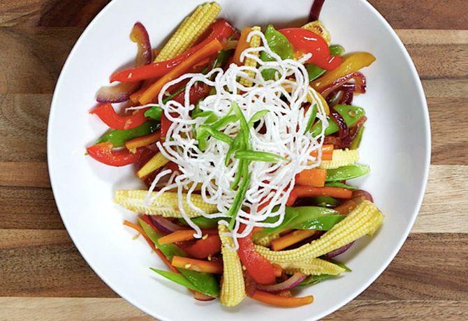 Sült zöldségek ropogós tésztával - MINDENMENTES