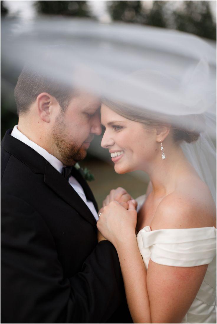 Wedding photos with the bride's veil!