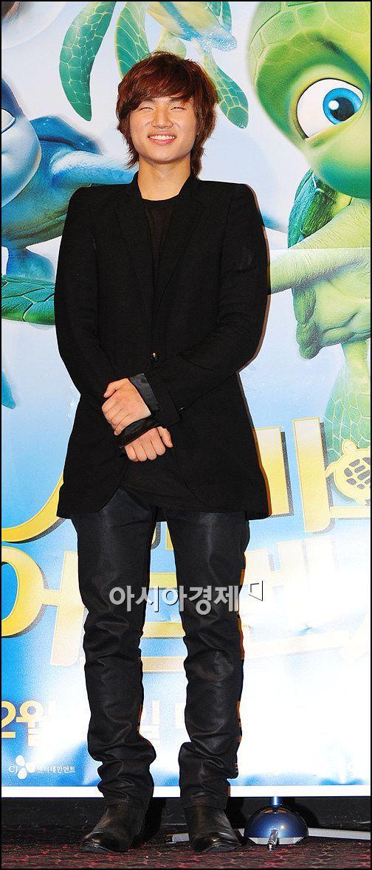 101207 Daesung with Sulli @「Sammy's Adventures : The Secret Passage」VIP Premier