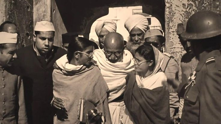 French photographer Henri Cartier-Bresson took the last photos of Gandhi before his assassination.