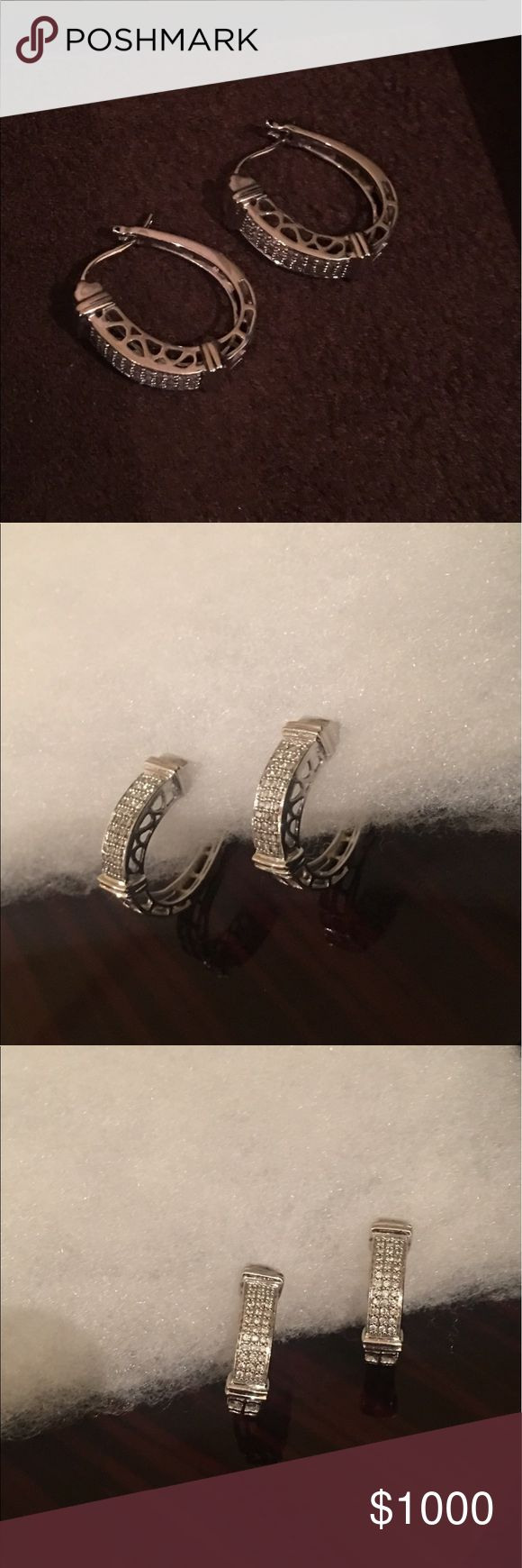 Diamond earrings✨ 14K white gold. Used few times. No scratches, no missing 💎, less than 1 carat. Jewelry Earrings