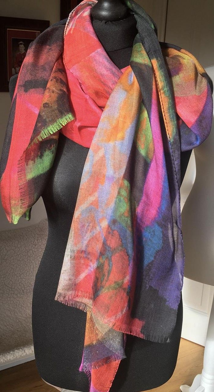 Clare OConnor Contemporary Scarves | Prefundia coming soon page