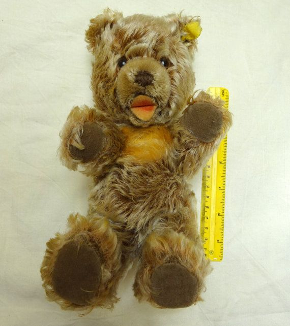 Item: Vintage Steiff Bear, looks a lot like the Zotty Bear, but it is not jointed. Has open mouth, stitched nose and padding feel great. Looks to