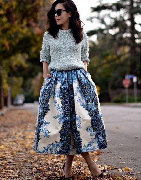 Юбки из неопрена (38 фото): с чем носить юбки из неопрена, пышные модели, короткие, миди, длинные неопреновые юбки