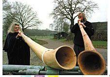het midwinterhoornblazen in Diever, van 30 november (St. Andries) tot Driekoningen