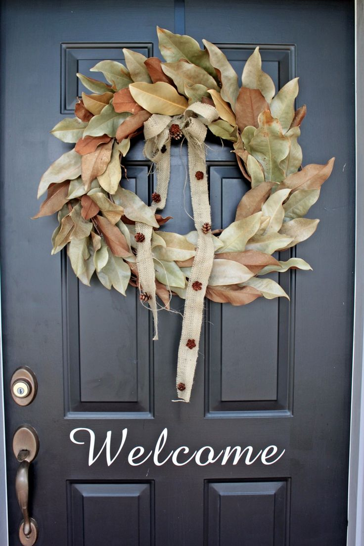 "Love this burlap bow!  And the stenciled ""Welcome"".  Must do."