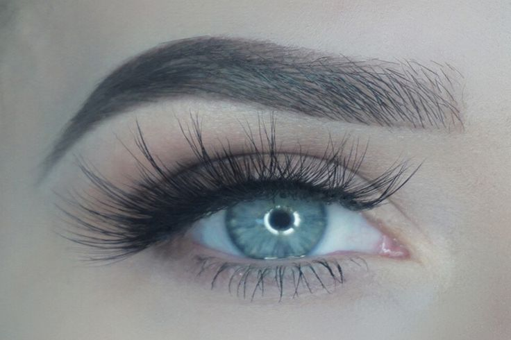 Part of our INVISIBLE LASH LINE collection - this lash style is unique and super blendable. With an invisible lash line no one will ever know where your lashes begin and where these lashes start!