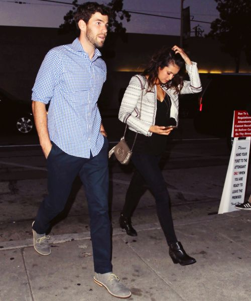 The former love couple of Nina Dobrev and Austin Stowell
