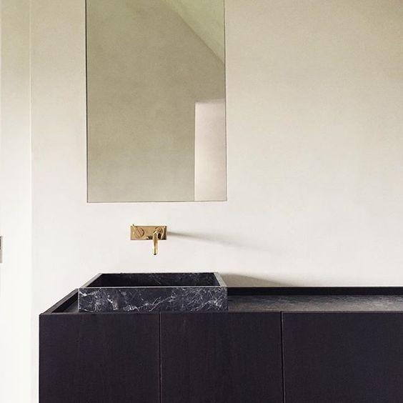Bathroom by Benoit Viaene Get started on liberating your interior design at Decoraid https://www.decoraid.com