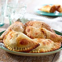 Here, tart granny smith apples are the fruit of choice, and are spiked with cinnamon and cloves before getting stuffed into the dough and baked. For an authentic Mexican experience, serve these little treats for breakfast or dessert with coffee or hot chocolate.