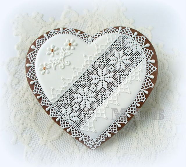 My little bakery :): Lace Heart cookies