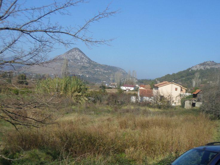 Veduta di #Mostar, appena entrando nel paese.