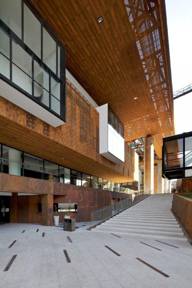 Cultural Center Gabriela Mistral, Santiago, Chile By Cristián Fernández Arquitectos, Lateral arquitectura & diseño via plataforma arquitectura