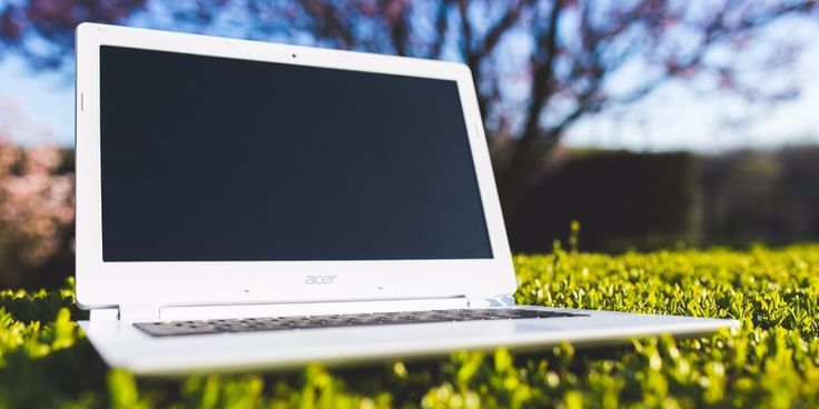 Best Laptop For Writers Are you interested in writing an ebook? Looking to buy a laptop but need to know what the best laptop for writerswill be? The days of using a typewriter to thrash out your latest novel are long gone, most authors in the modern age now use a laptop as part of …