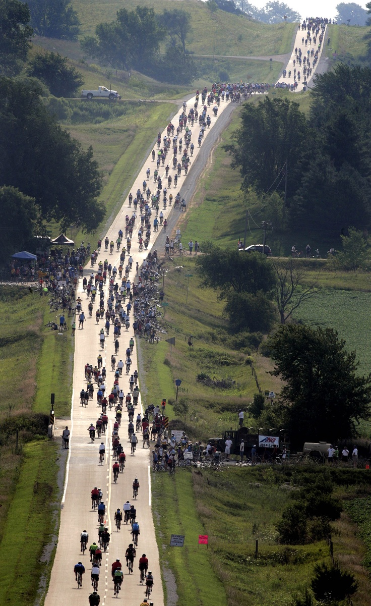 RAGBRAI- the weirdest bike ride you'll love to hate....and can't stop thinking about