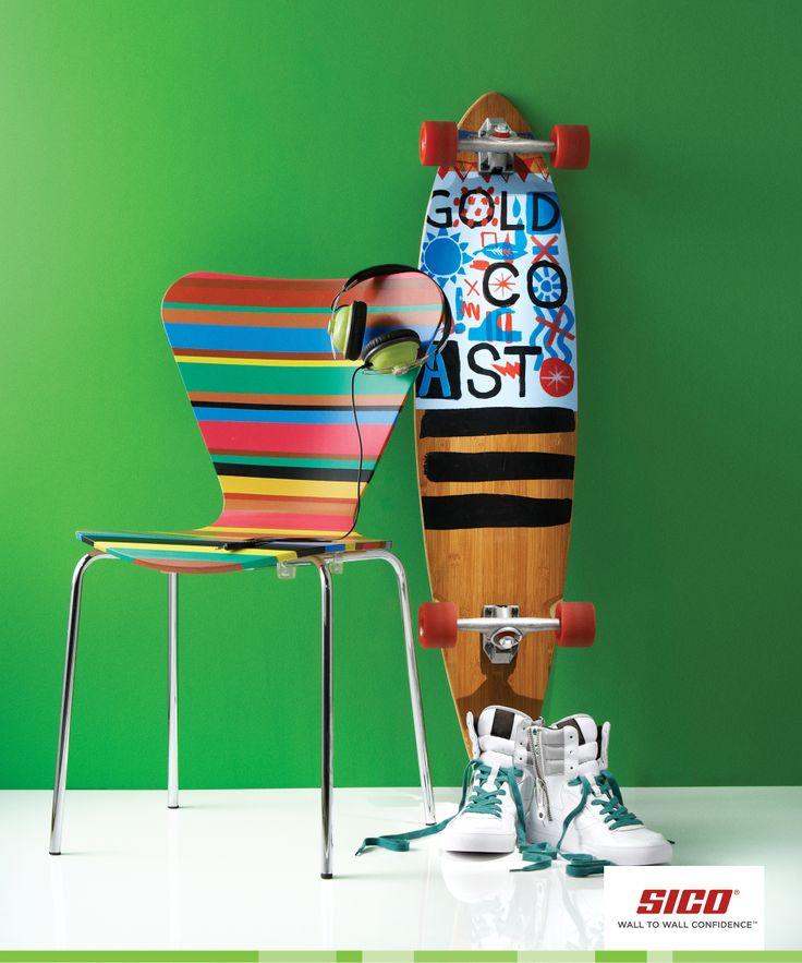 PEINTURE SICO | Issue de notre collection Vibrant, la teinte de vert Jalapeño s'associe à merveille avec une palette de couleurs vives pour un intérieur jeune et ultramoderne. Vous aurez du plaisir à peinturer et à découvrir vos espaces sous un jour nouveau et terriblement audacieux!