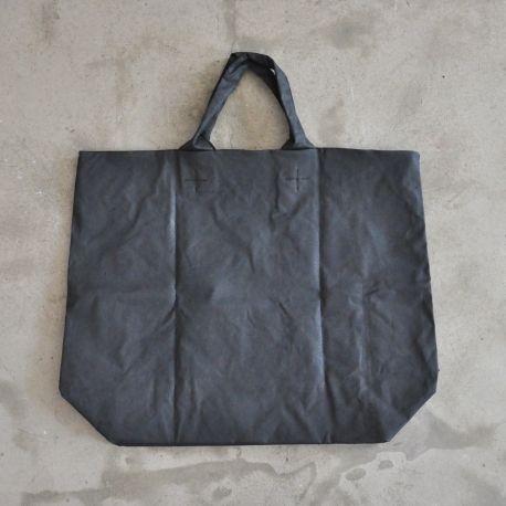 Squared bag, black waxed canvas