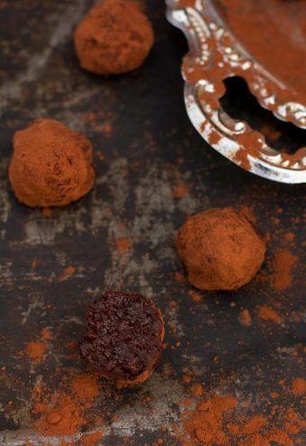 Trufas veganas de chocolate, sin azúcar