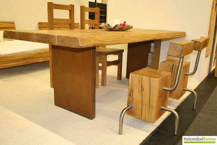 www.holzmoebelkontor.de: Tisch aus #Eichenbohlen mit Baumkanten. Massivholztische auf Stahlwangen im Holzmöbelkontor Online-Shop.
