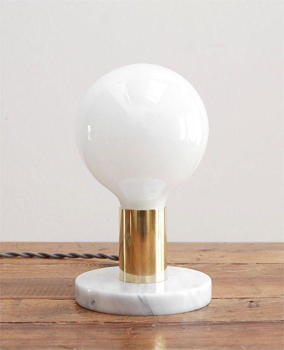 Lampe de Table moderne - mi siècle Table Lamp - lampe de Table en marbre - bureau moderne blanc lampe - lampe de Table marbre & poli laiton