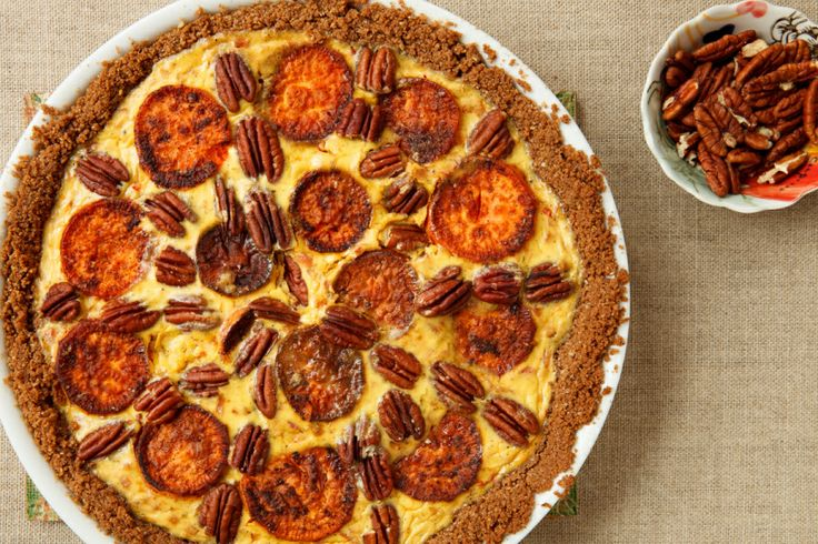 Sweet Potato and Gruyère Pie with Pecans: Potatoes Recipes, Potatoes Head, Gruyèr Pies, Food Com Thanksgiving, Sweet Potatoes, Pecans 13163, Casseroles Pies Quiches, Favorite Recipes, Garum Factories