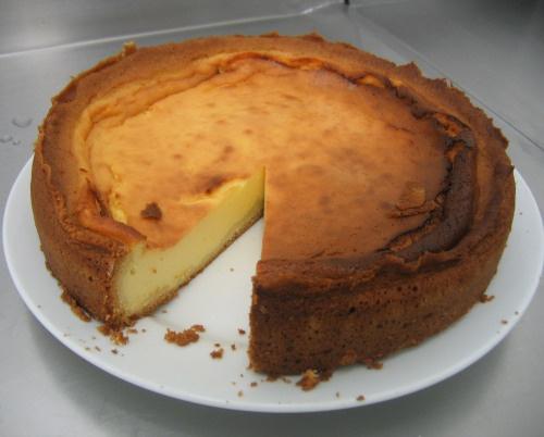 Käsekuchen - bolo de queijo quark ou iogurte grego