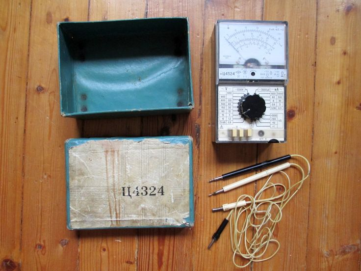 """Комбинированный прибор """"Ц4324"""" (тестер) СССР, б/у.  -- фото1--  Продаётся прибор комбинированный Ц4324, б/у, дата изготовления 1979 г., в абсолютно рабочем состоянии."""