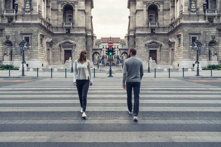 Photographer Zsolt Hlinka, (previously1, previously2), is behind a new series entitledReflection of Emotion. Artist imagined symmetrical places where he placed a couple on both sides of the imag…
