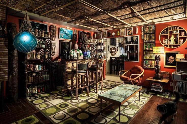 Top 10 home bars tiki bars bar and tiki decor for Tiki home decor