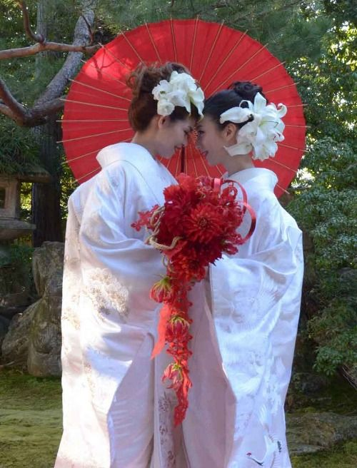Japan hotel and temple join forces to offer gay and lesbian weddings. Draped in wedding kimonos, standing in a Zen temple built in the 1590s.  According to the deputy head priest at Shunkoin Temple, Japanese buddhism doesn't have anything against homosexuality (source: Mainichi Shimbun(in Japanese))