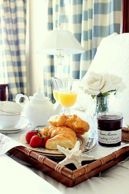 I need someone to bring me breakfast in bed...checking out bed and breakfast for the weekend