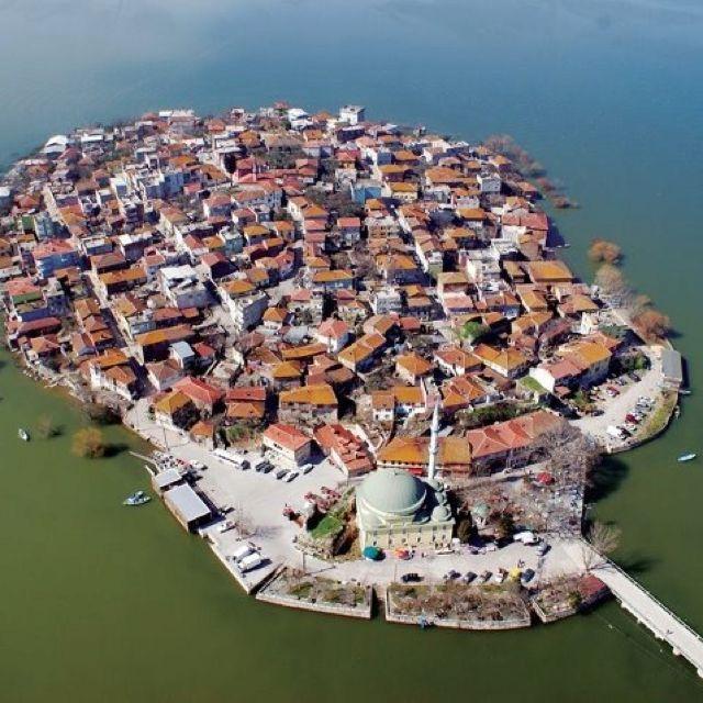 Bursa Gölyazı Köyü