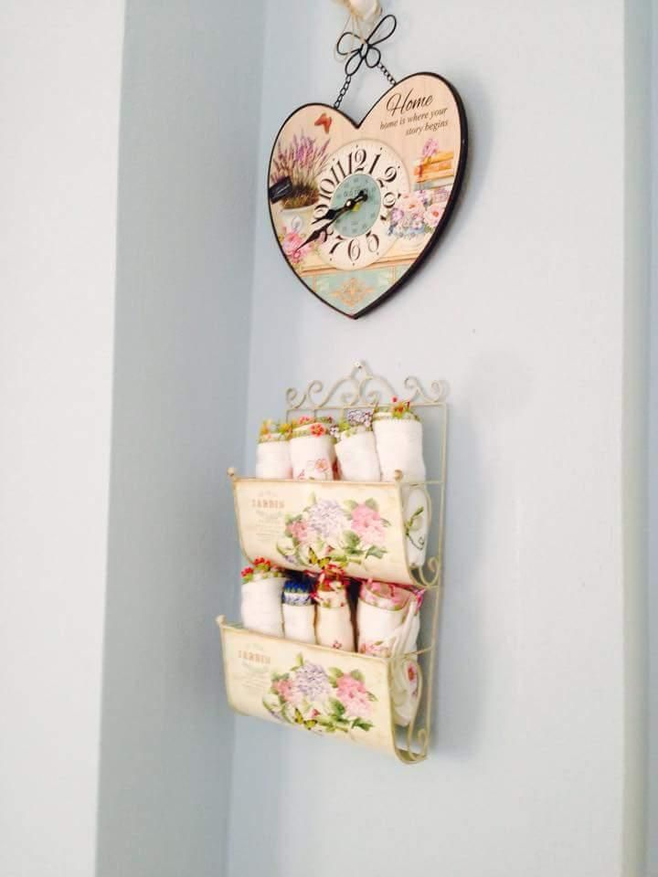Ev Gezmesi - Zehra hanımın her odasında farklı renklerle, cıvıl cıvıl evi.