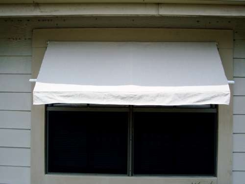 DIY Patio awning. Use marine cleat to attach horizontal support to house to make it retractable.