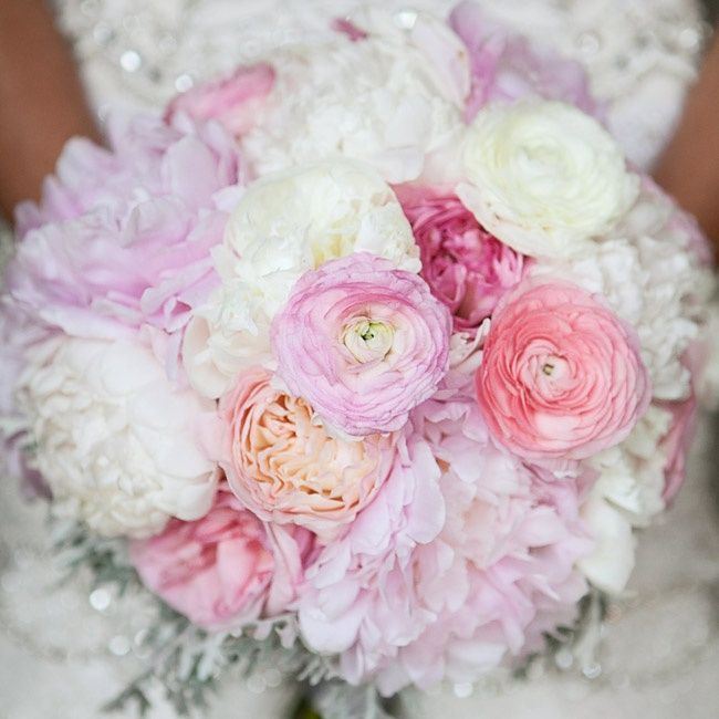 Light pink and white peony, ranunculus and cabbage rose bouquet // L Photographie //   Thorn Studio