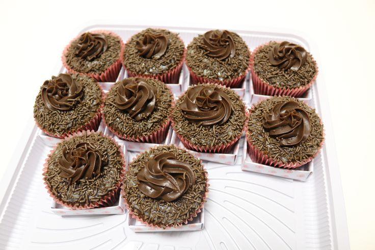 Chocolate!! Chocolate!! Eu só quero chocolate!! <3 #MyCake #EdsonCake #DoSeuJeito #Encomende #Sabor #Deliciosos #EuQuero