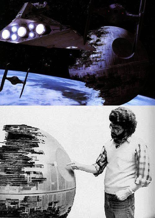 George Lucas con la maqueta de Star Wars     http://www.sensacine.com/peliculas/pelicula-25802/    #SensaCine #StarWars #GeorgeLucas