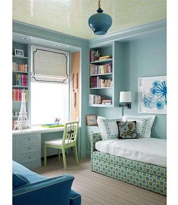 Multo-functional room in lovely shades of blue