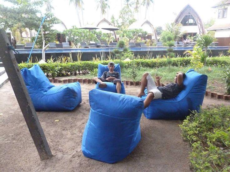 New relaxing spot around the Dive center #oceans5 #giliair #diveshopgiliislands #indonesia