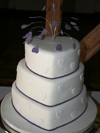 Purple Wedding Cake Pictures