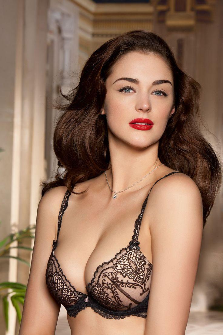 385 best images about lingerie models on pinterest lingerie photos models and robyn lawley. Black Bedroom Furniture Sets. Home Design Ideas