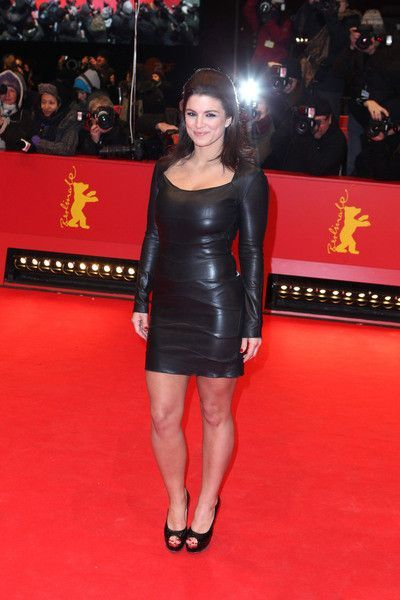 Selfie Legs Gina Carano mixed martial arts  nude (61 photo), Facebook, see through