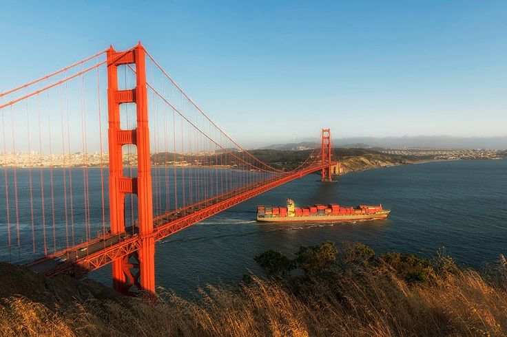 Bridge Golden Gate in USA