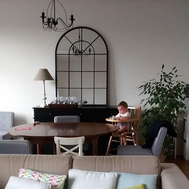 1000 id es sur le th me miroir de fen tre sur pinterest d corations de chemin e d coration. Black Bedroom Furniture Sets. Home Design Ideas