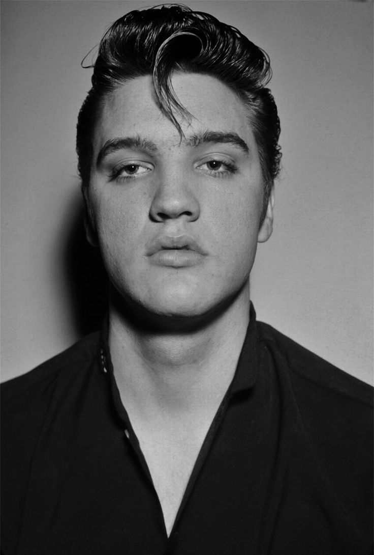 A very young Elvis Presley | Music in 2019 | Young elvis ...