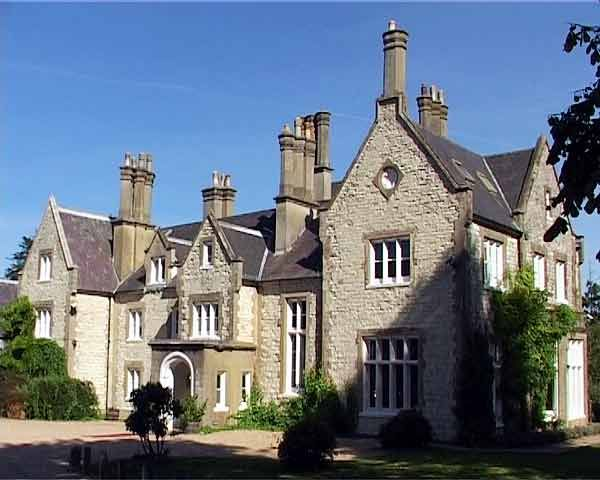 This Quintessentially English Manor House Dates From The Century And Is Situated In Hampshire Heart Of South Downs National Park One Most