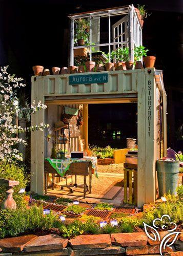 Display gardens