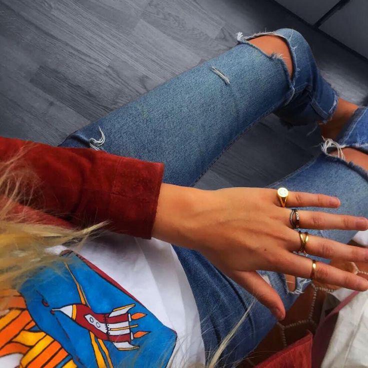 #hviskstylist #hvisk #commedesgarcons #stripes #fashion #blonde #girl #girly #style #stylish #emmabukhave